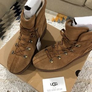 7be88880be4 UGG Women's Birch Lace-Up Boot NWT